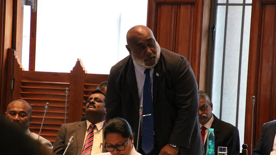 Minister Highlights Benefits Of Ice Plants And Solar